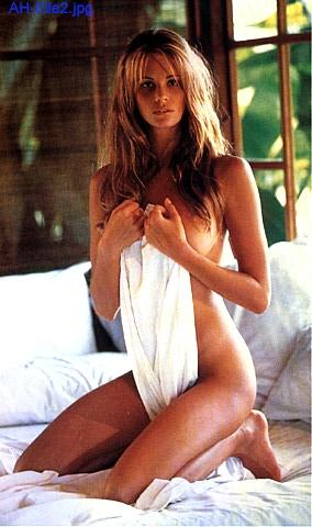 Elle MacPherson - Hot, hot, hot | girl.of.the.day